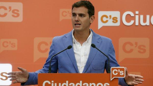 """Rivera: """"Si el PSOE no atiende a González, habrá nuevas elecciones"""""""
