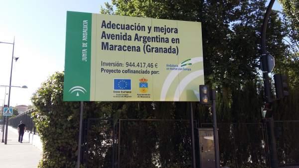 Cartel de obras del metro en Granada