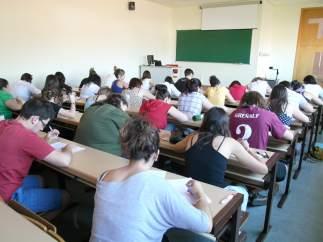 Alumnos en  Examenes en la  UCLM