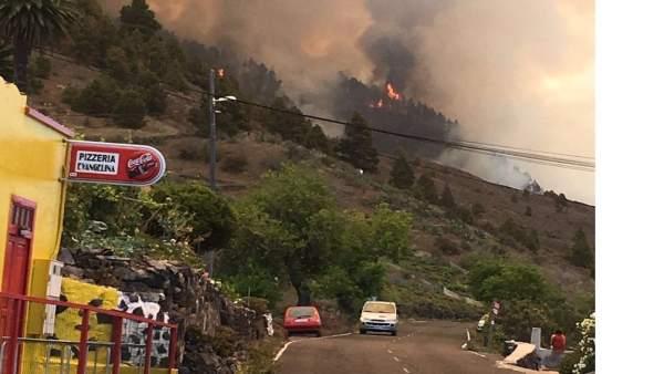 Incendio en la montaña de Jedey