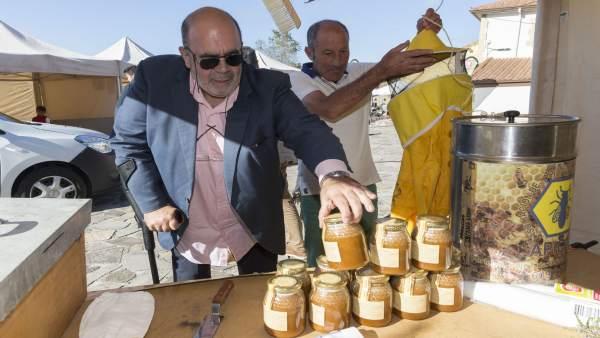 Oria en la inauguración de la Feria de La Miel