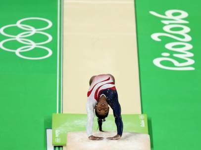 La atleta Simone Biles de Estados Unidos
