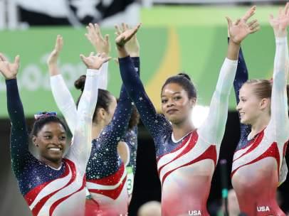 El equipo de gimnasia artística de EE UU