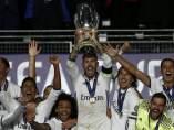 Sergio Ramos levanta la Supercopa