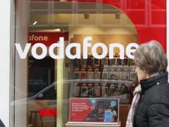 Multan con cinco millones de euros a Vodafone por fallos en la atención al cliente