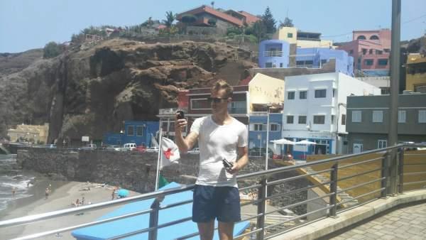 Bloguero sueco Philip Irman graba un video de promoción de Gran Canaria para RES