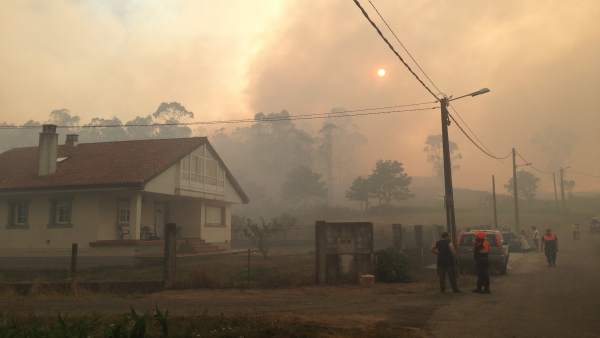 Incendio forestal en Figueras, Santiago de Compostela