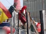 Inmigrante auxiliado por las autoridades españolas
