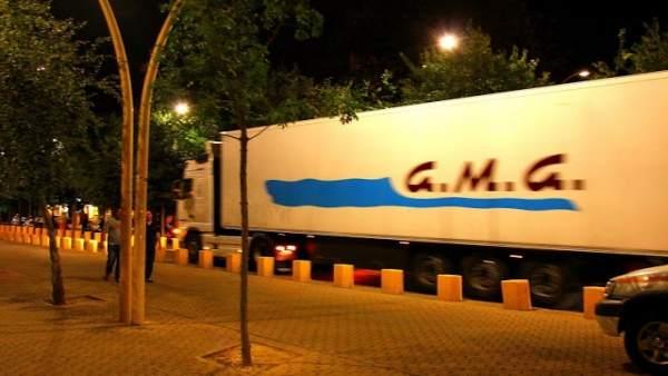 Camión por la Alameda.