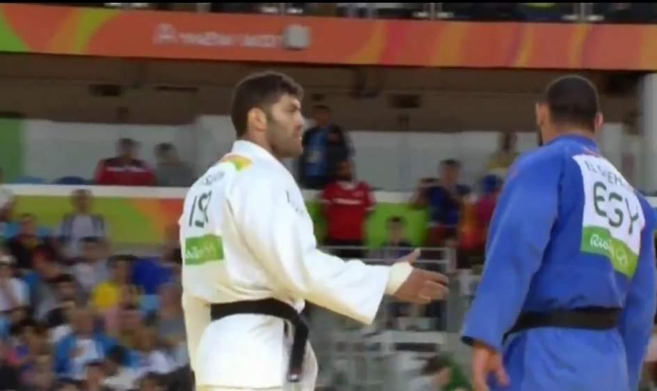 Expulsado de los Juegos Olímpicos el judoca egipcio que le negó la mano a su rival israelí