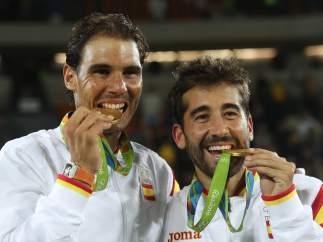 Nadal y López, oro en dobles, muerden la medalla