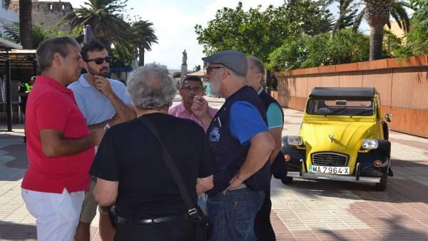 Presentación concentración de Citroen 2CV en Tarifa (Cádiz)