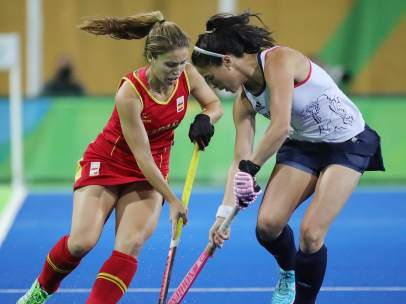 Hockey femenino España y Reino Unido
