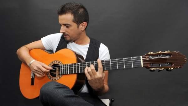 Raúl Olivar