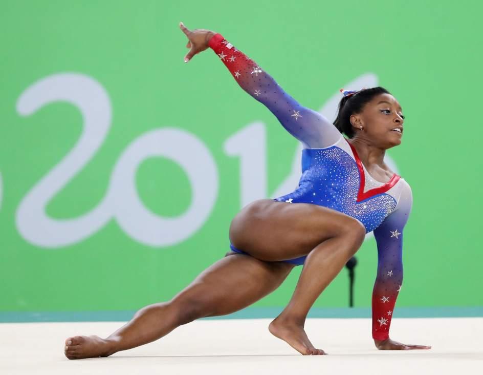 Simone Biles también denuncia abusos sexuales del exmédico del equipo de gimnasia de EE UU