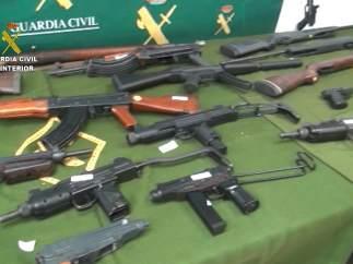 Imagen de las armas incautadas.