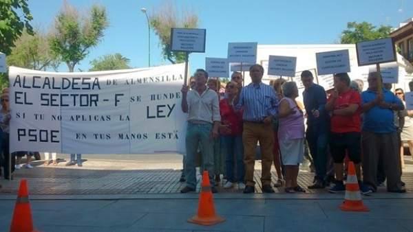 Protesta de los afectados del Sector F.