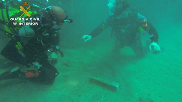Guardia Civil localiza en aguas de Cabo de Palos un ancla