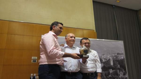 Fernández consejero, Pedro Montiel, Miguel Ángel Heredia