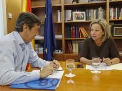 Rafael Hernando y Ana Oramas en el Congreso