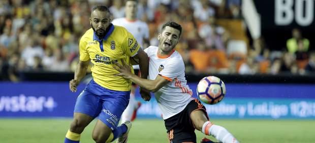 Las Palmas sorprende al Valencia y lo despacha con un 2-4