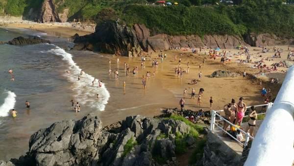 Playa de Carranques, Perlora.