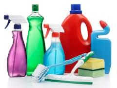 Detenido por obligar a su mujer a beber un producto de limpieza