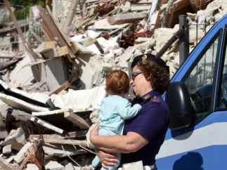 Vida entre los escombros