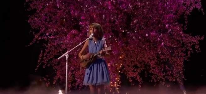 Grace, la niña prodigio que ha deslumbrado a EEUU y a la que han comparado con Taylor Swift