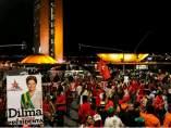 """Concentración del """"Fora Temer"""" frente al Parlamento en Brasilia el día del juicio político a Rousseff"""