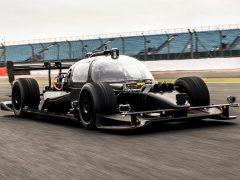 DevBot, el primer coche de carreras autónomo de la Roborace