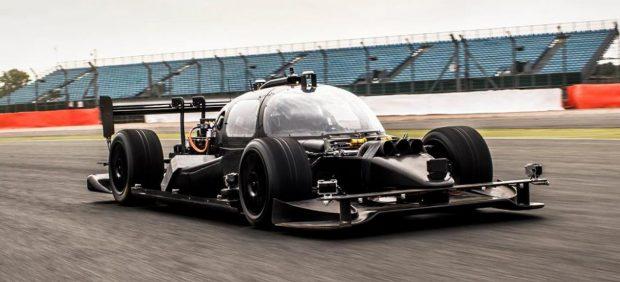 DevBot, el primer coche autónomo para las carreras Roborace