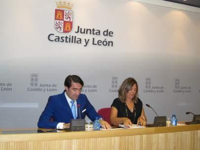 Suárez-Quiñones junto a Milagros Marcos