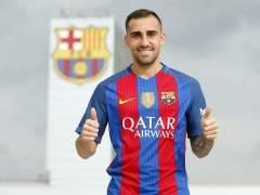 El Barça hace oficial el fichaje del delantero Paco Alcácer