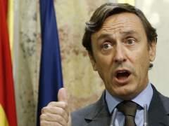 """El PP califica de """"brillante"""" el discurso de investidura de Rajoy y lo defiende: """"Esto no es un circo"""""""