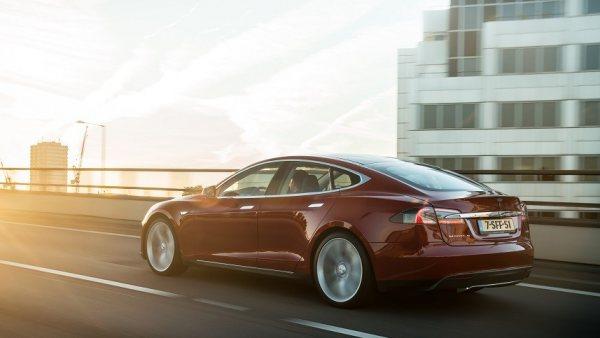 Nueva autonomía para el Tesla Model S