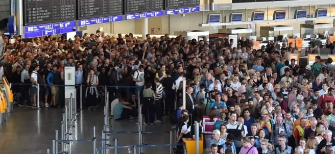 Evacuación en el aeropuerto de Frankfurt