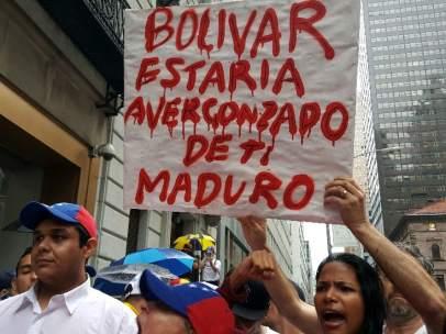 Marcha multitudinaria por el revocatorio en Venezuela