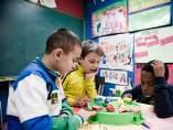 Niños, infancia, pobreza infantil, colegio.