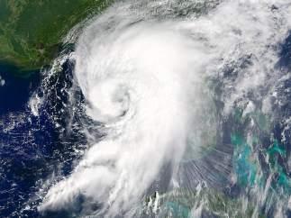 El huracán Hermine aproximándose a la costa occidental de la Florida