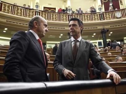 Luis de Guindos y José Manuel Soria