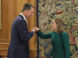 Felipe VI y la presidenta del Congreso