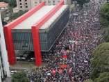 Brasileños marchan contra MIchel Temer y piden elecciones