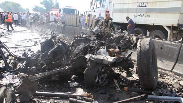 Dos ataques en Siria dejan al menos 30 muertos