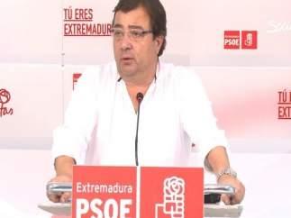 Fernández Vara en rueda de prensa