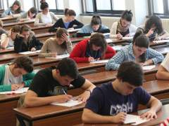 Unos 15.000 alumnos podrían ir a la universidad solo con la nota final de Bachillerato