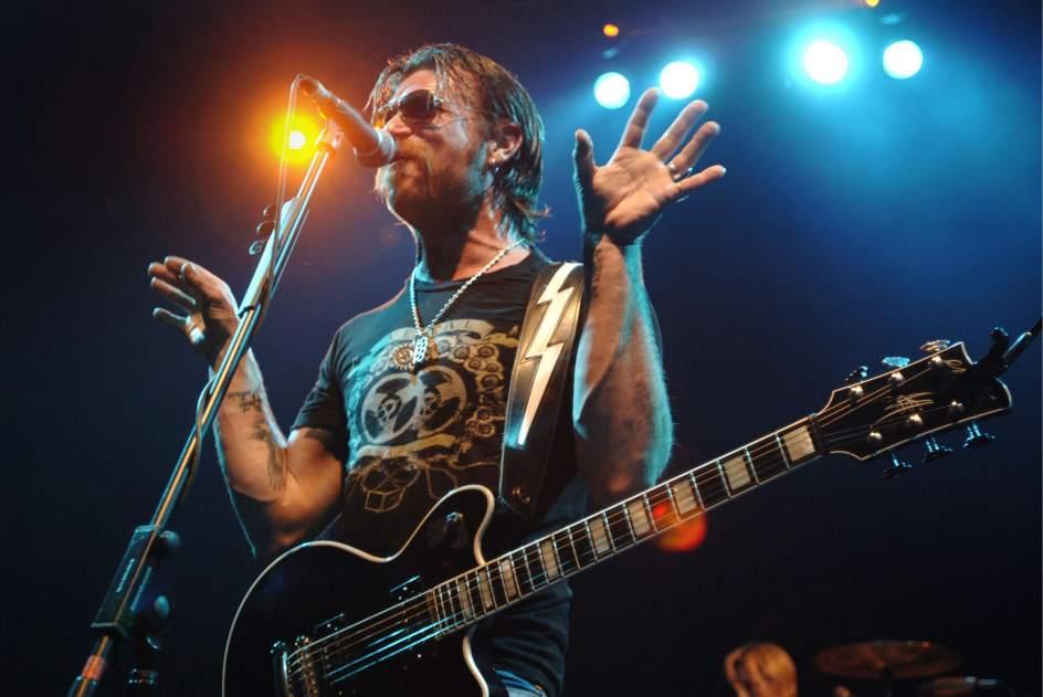 Eagles of death metal editan el concierto de par s tras el for Conciertos paris 2017