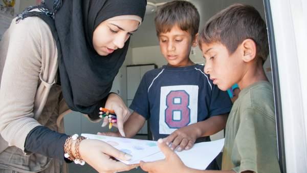 Niños lejos de su hogar y en riesgo