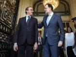 Mariano Rajoy y Alfonso Alonso en un desayuno informativo