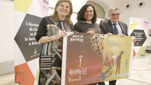 La dtora. CaixaForum Lleida M.Tost, la dtora d'Animac C.López y el alcalde A.Ros